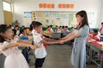 """盱眙开发区实验学校:给湖北籍学生最暖心的""""六一"""""""