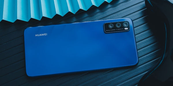 华为畅享Z发布:5G双模六频段+高感光夜拍,售价1699元起