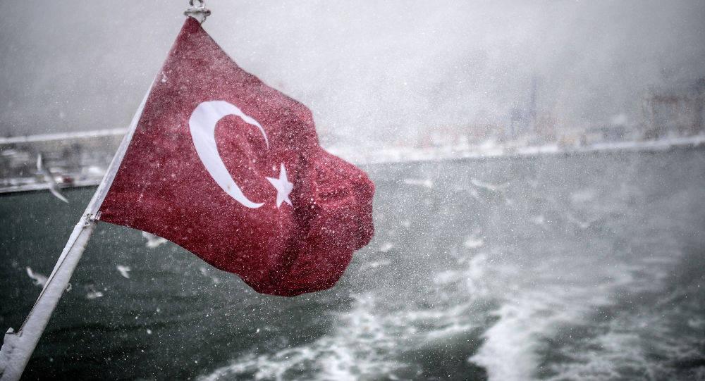 土耳其军舰地中海猛烈开火,击沉29公里外目标,白宫当场下令反击