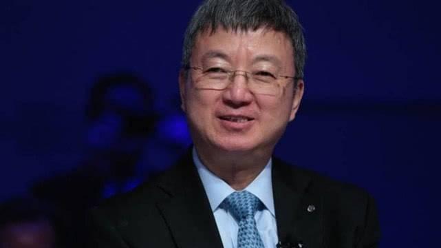 朱民:推动国际国内双循环互动发展,最根本的是持续改善营商环境