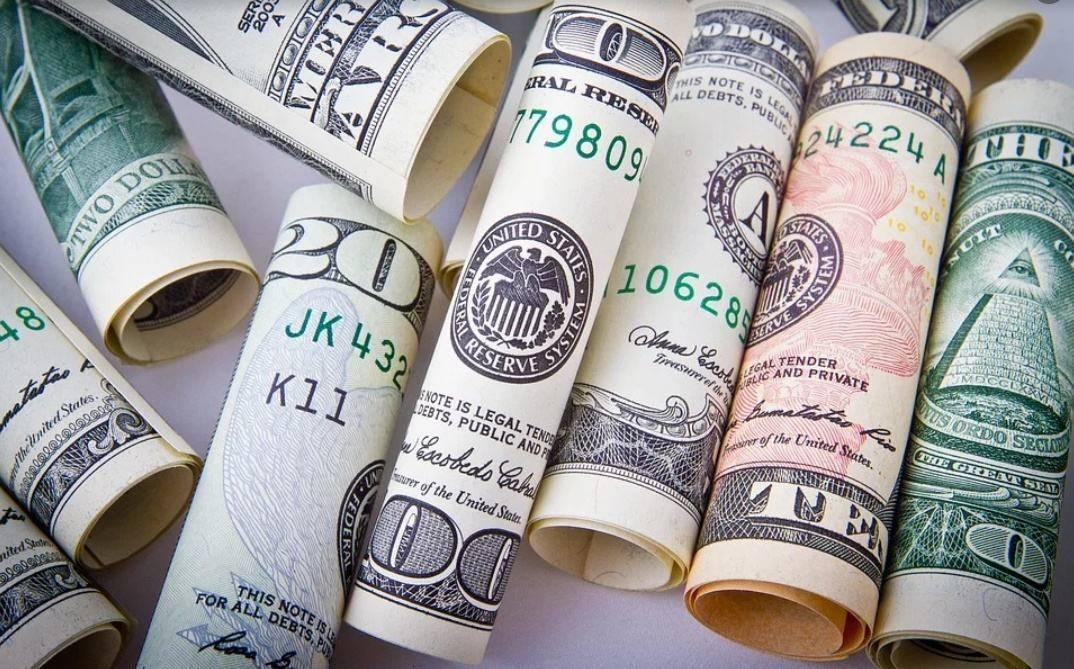 _三季度疫情很严重,为刺激经济,美国还会大量印钞、增发国债吗?