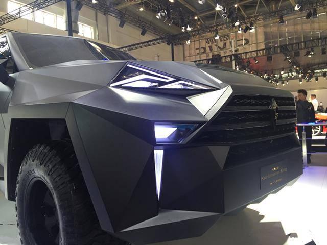 这款国产装甲车的原设计比揽胜更为华丽。开门奔驰G就黯然失色了!