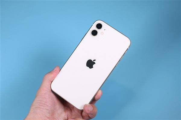 全球智能手机Q1销量出炉:苹果、三星下跌,小米成赢家