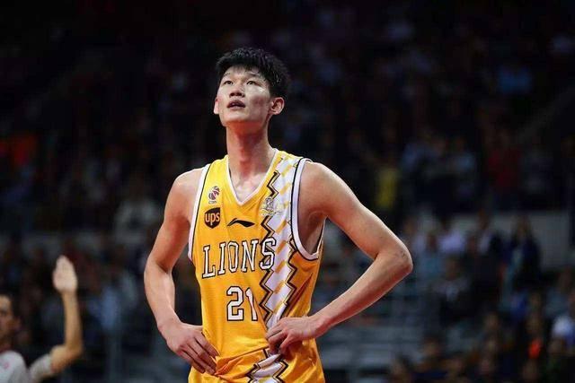 李春江或把他打造成超巨 将继续冲NBA?