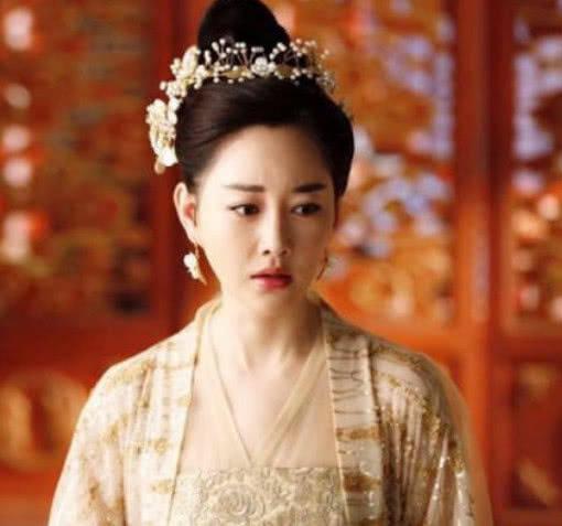 三生三世:白浅是青丘女君,为什么乐胥却觉得夜华娶她太委屈了?_华和