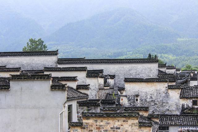 原创             安徽黄山的古村,因章子怡巩俐而被外界知道,有全省独一份祠堂群