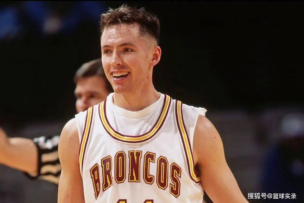纳什的选秀报告!96黄金一代,堂堂MVP,为何掉到15顺位? 国际新闻 第8张