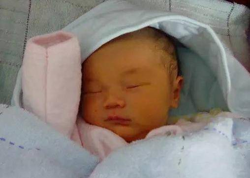 """【食物】这3种食物千万别吃,不想孩子出生带""""黄疸""""?孕期饮食要注意"""