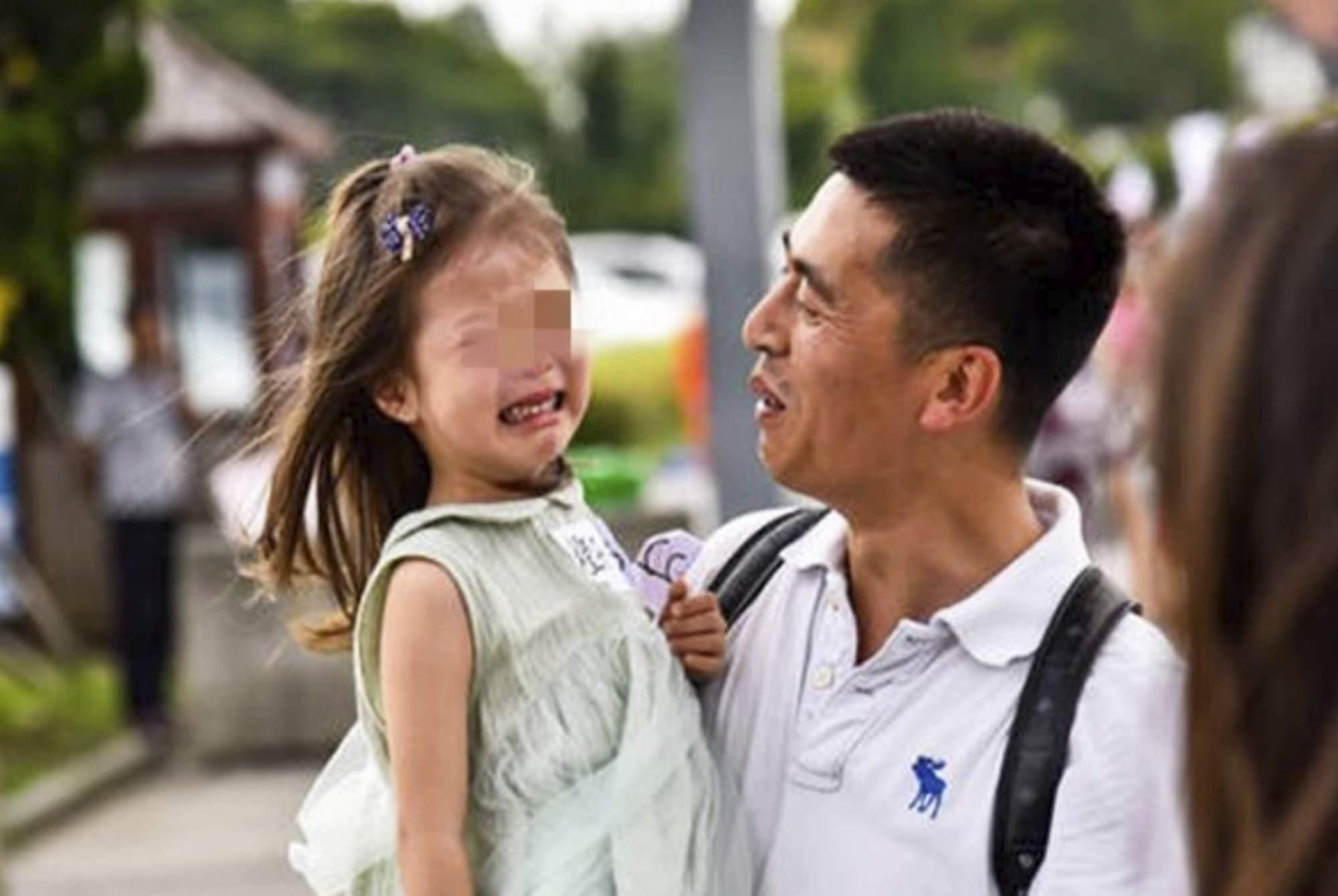 """中国式渣爹的""""失责""""行为,伤害显而易见,宝妈有苦难言"""