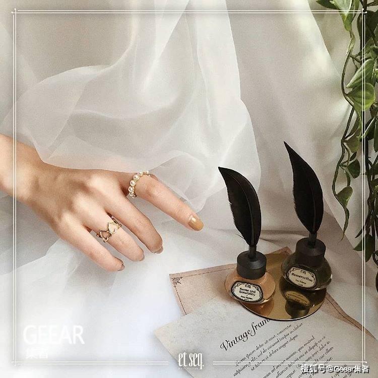 原创这款赏心悦目的羽毛笔指甲油散发着浓烈文艺气息!