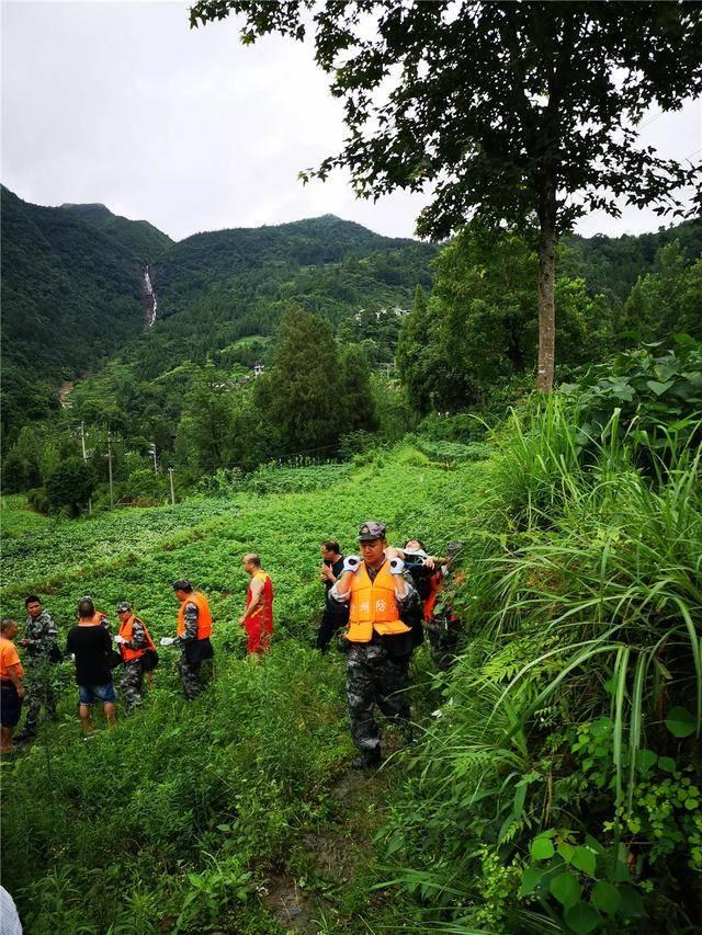 贵州铜仁多地遭特大暴雨(图2)