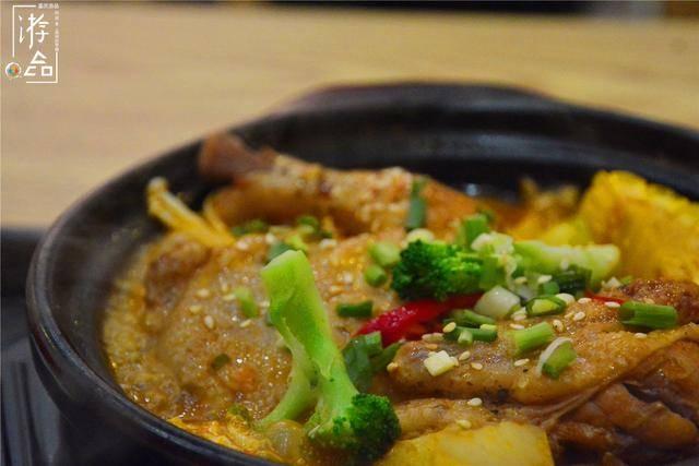 中式快餐的新面孔:鲍汁脱骨鸡,能复刻黄焖鸡与鸡公煲的辉煌吗?