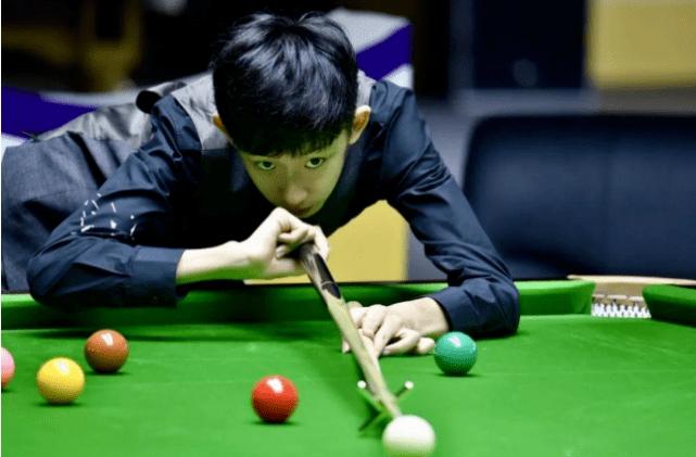丁俊辉携11将冲世界锦标赛总冠军,中国3将强悍晋升,2大零零后震撼