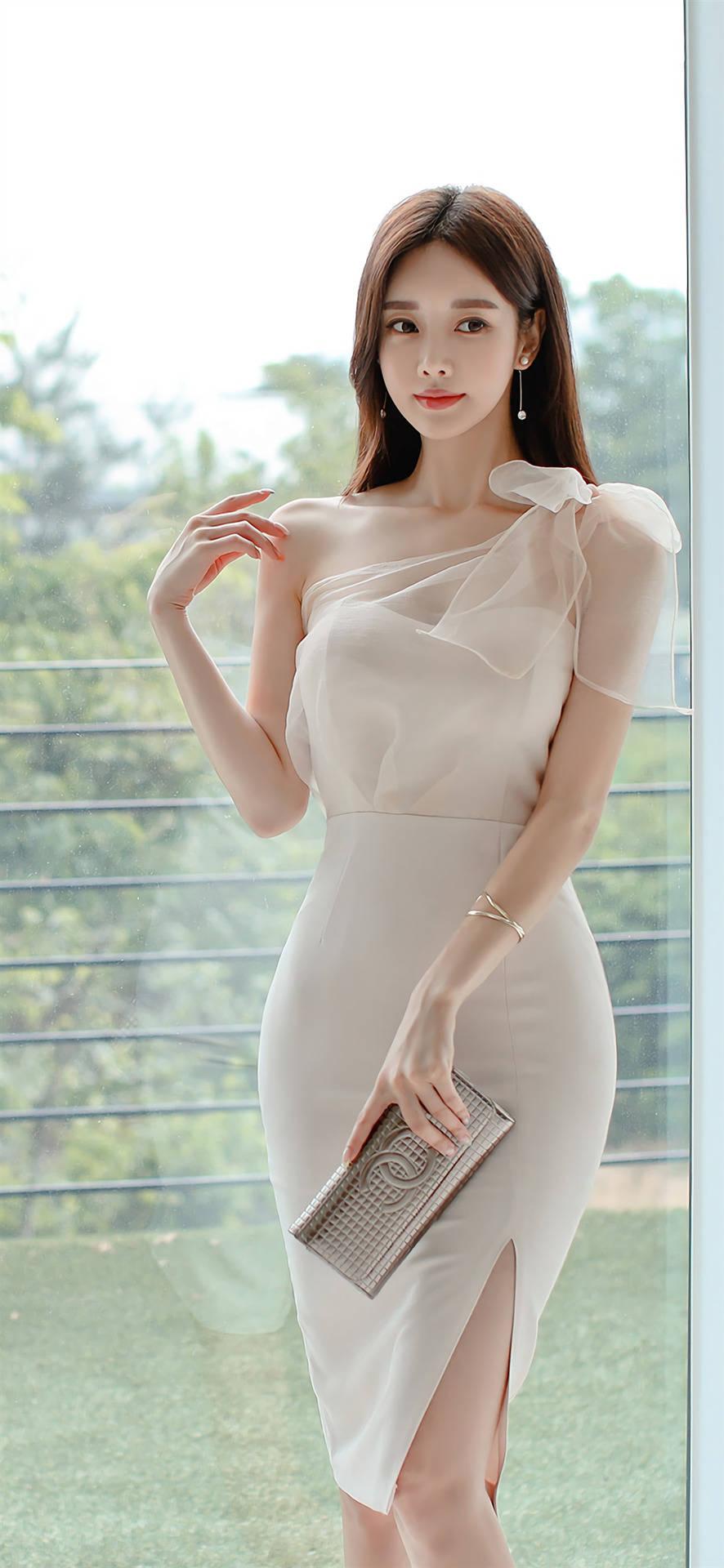 韩国美女模特孙允珠的美丽穿搭,穿出不一样的魅力诱惑