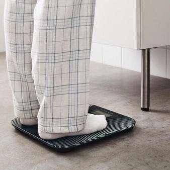 怎么称体重最准确?营养师:用4种办法称,其实都不是真实体重