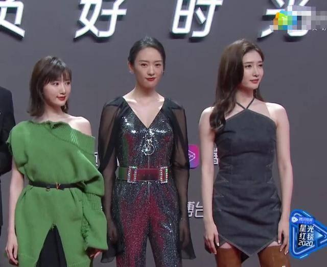 星光红毯这些女星造型一言难尽:童瑶像蝙蝠侠,江疏影像穿肚兜