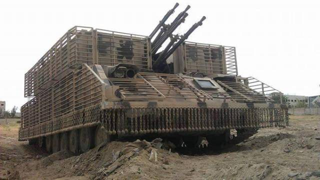 战狼装甲风靡叙利亚!如披甲武士,能像电影中那样卡住火箭弹吗?