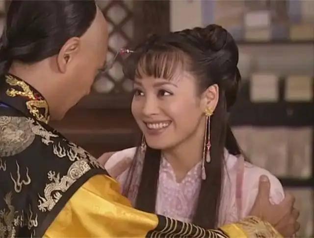 外表桀骜内心赤诚,她才是浪姐里回家有王位继承的第一团宠!