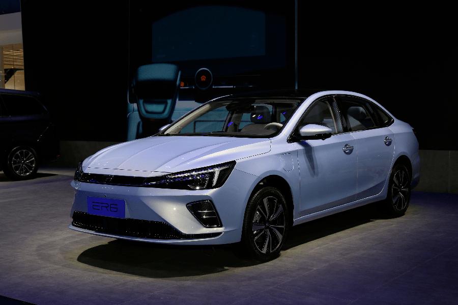 高端车好卖,荣威新能源换成R标。你能撬开私家车市场吗?