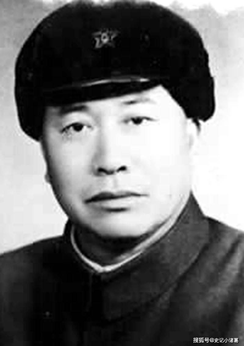 """""""十五兵团司令""""罗广文, 1949年和平起义, 有一个弟弟家喻户晓"""