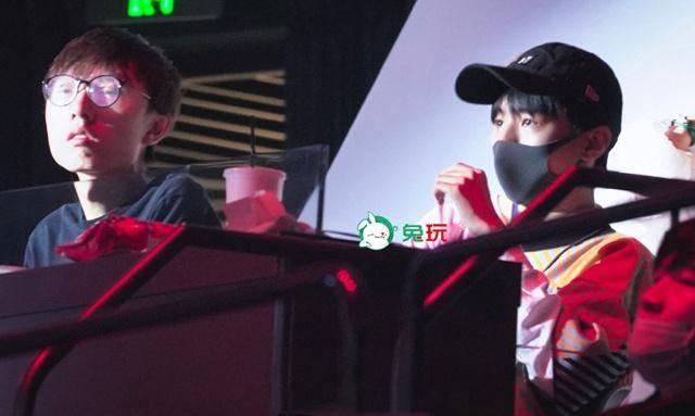 王俊凯才是核心玩家?和香锅开黑水平至少钻石,电竞圈的梗全都懂