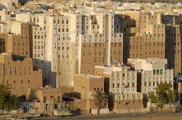 希巴姆土质摩天大楼千年不倒之谜,主要