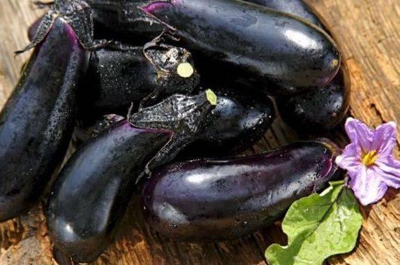 喜欢吃茄子的注意:茄子虽然抗癌降血压,但3类人不能碰