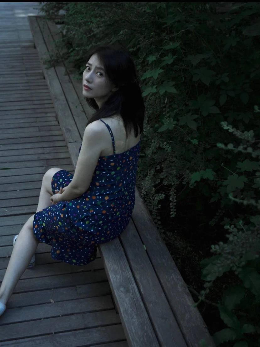 原创照着穿搭博主就一定对?才不是,找准自己身材的梨形女孩才能真的美爆夏天
