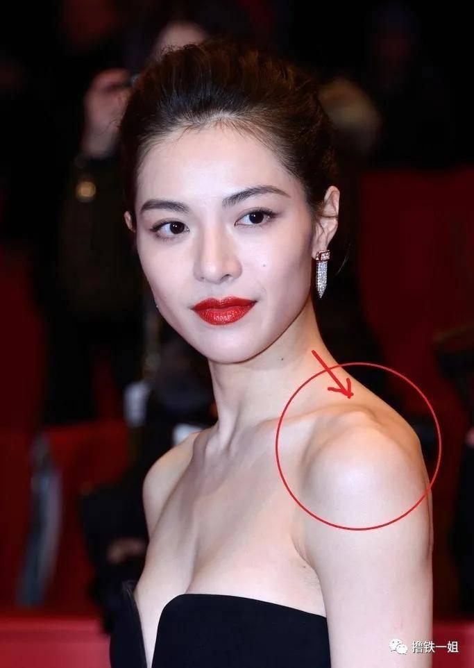 大表姐刘雯居然有这种体态硬伤?说好的人间香奈儿呢?