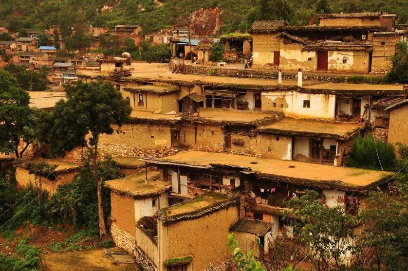 """云南这个城子村,建筑特色全国""""独一无二"""",你喜欢这样的风格吗?"""