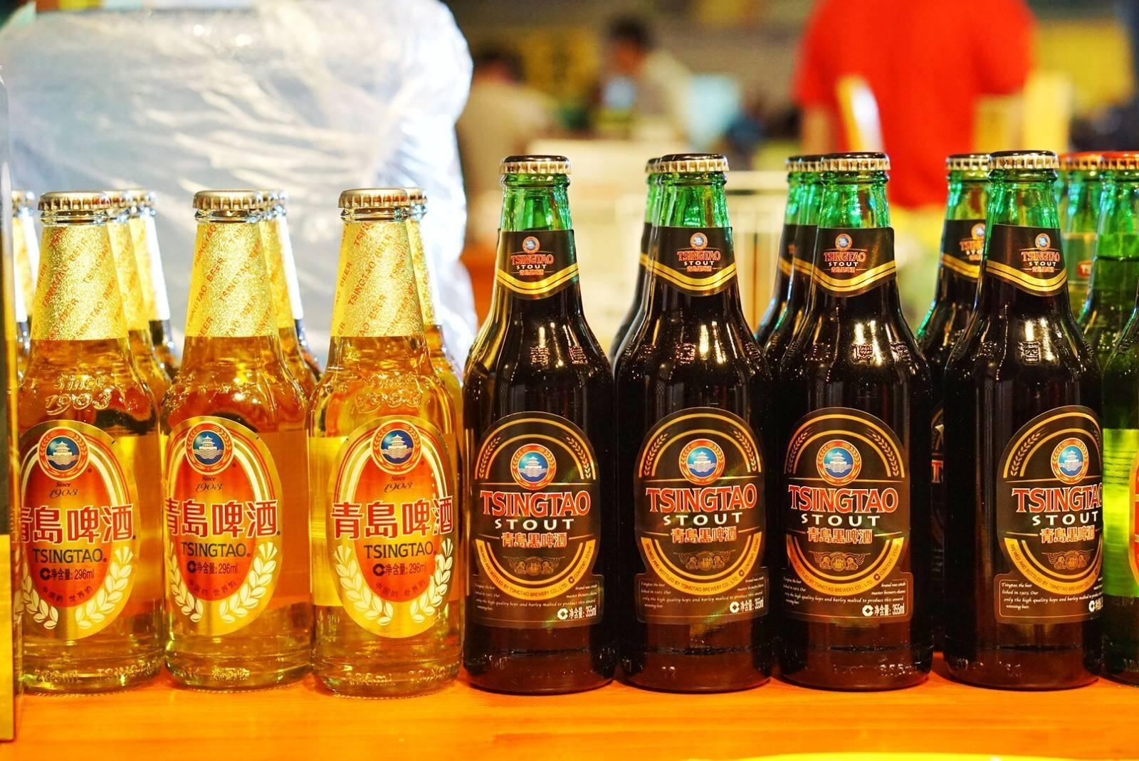 原创             中国最爱喝啤酒的城市,用袋子装酒走着喝,把啤酒当饮料喝
