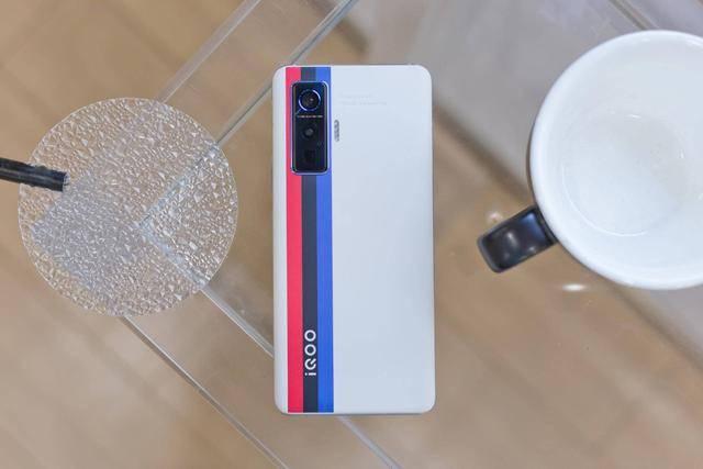 """iQOO 5 Pro""""体检报告""""直出,极致速度成其代名词"""