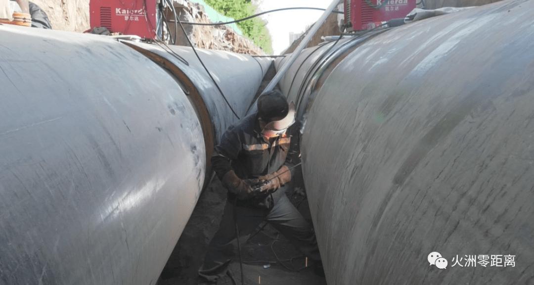 高昌区热力管网建设项目正在稳步推进。