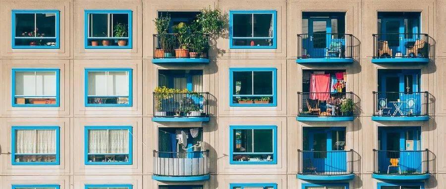 不要让对长租公寓的好感困在打雷里。 爱情公寓