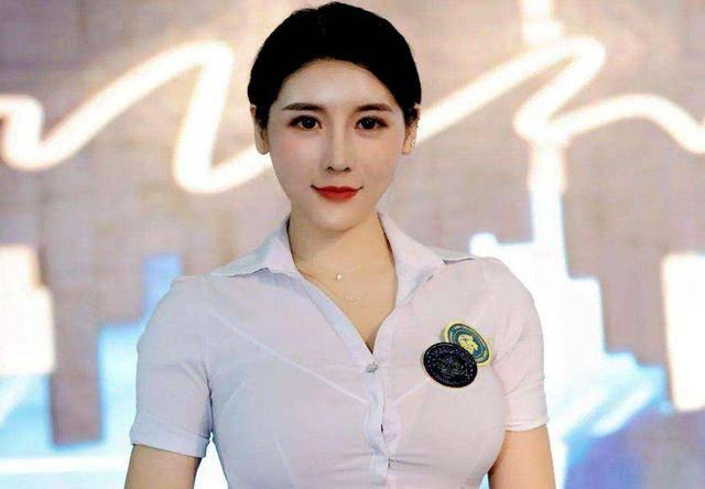 身高1米66臀围101厘米,又一健身女神走红网络,魅力不输刘太阳