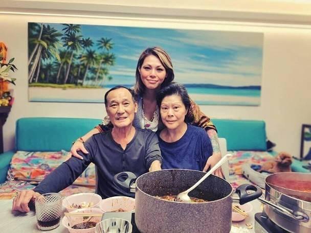 75岁武打影星陈惠敏亲证患肺癌,病床照曝光,此前申请迎娶相恋50年女友