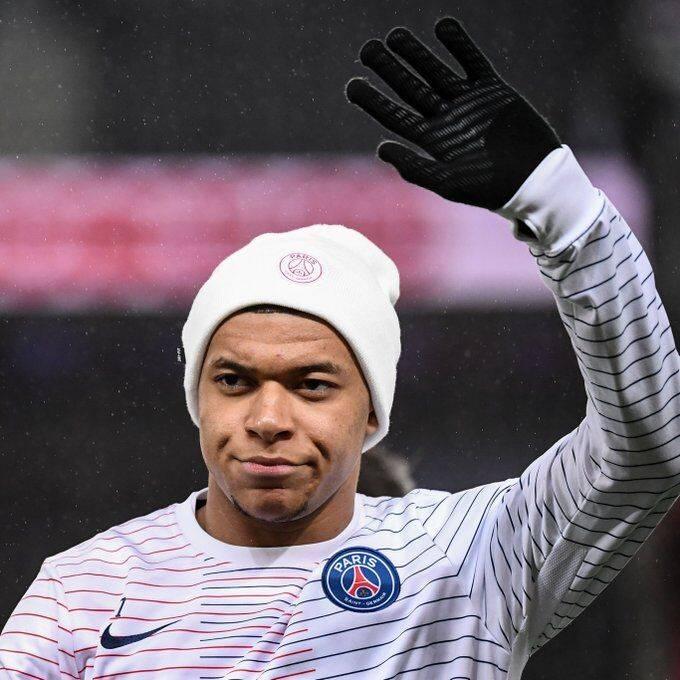 巴黎官宣姆巴佩打败新冠回归赛场