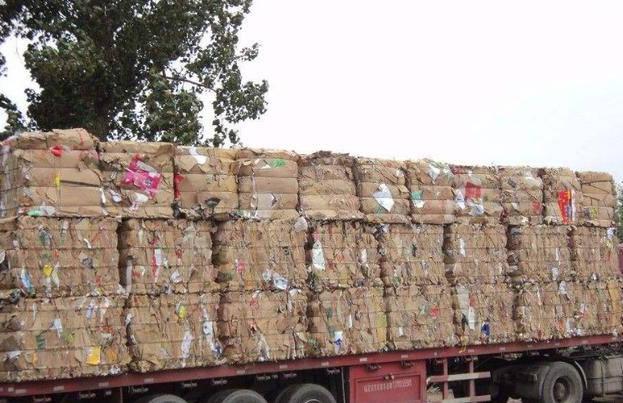 紙伙計廢品回收:大爺靠這樣處理廢品月入過萬,并站上時代新風口!