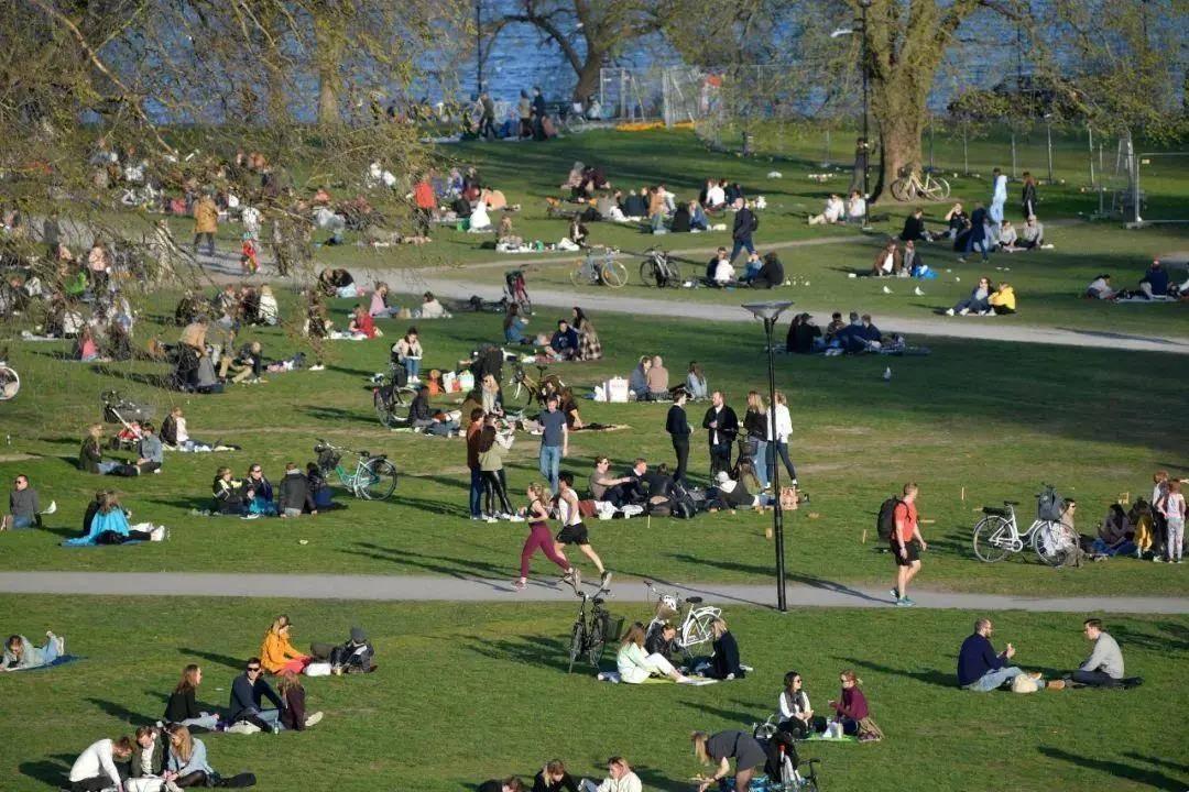 """瑞典""""又""""实现了群体免疫?多项数据显示自然群体免疫绝无可能!"""