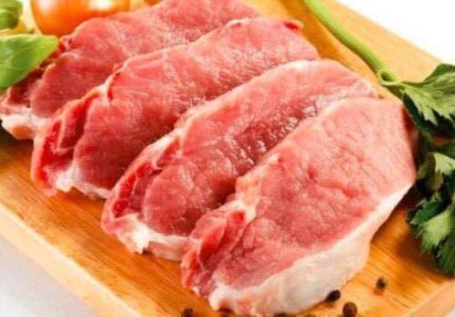 【包万向】今日猪价最新走势价格 猪肉价格反弹菜市场又现抢肉大战