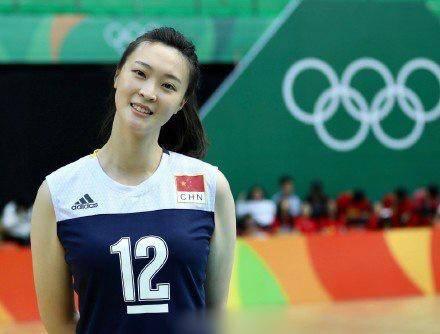 29岁惠若琪高颜值大长腿,她在夺冠里本色出演