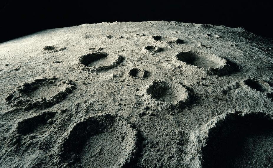 月球矿物极其丰富 人类有可能开采它们吗?