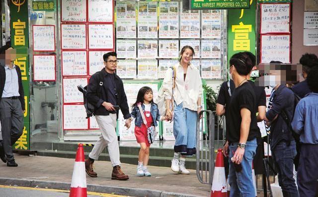 古天乐牵头救市,刘德华捐100万,老牌港星解救香港影坛(图3)