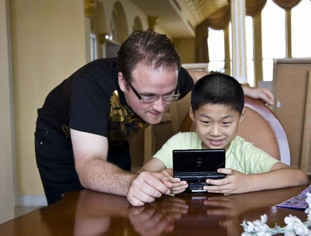 这6种游戏别带孩子玩了,看见有人这样做时,家长请及时制止