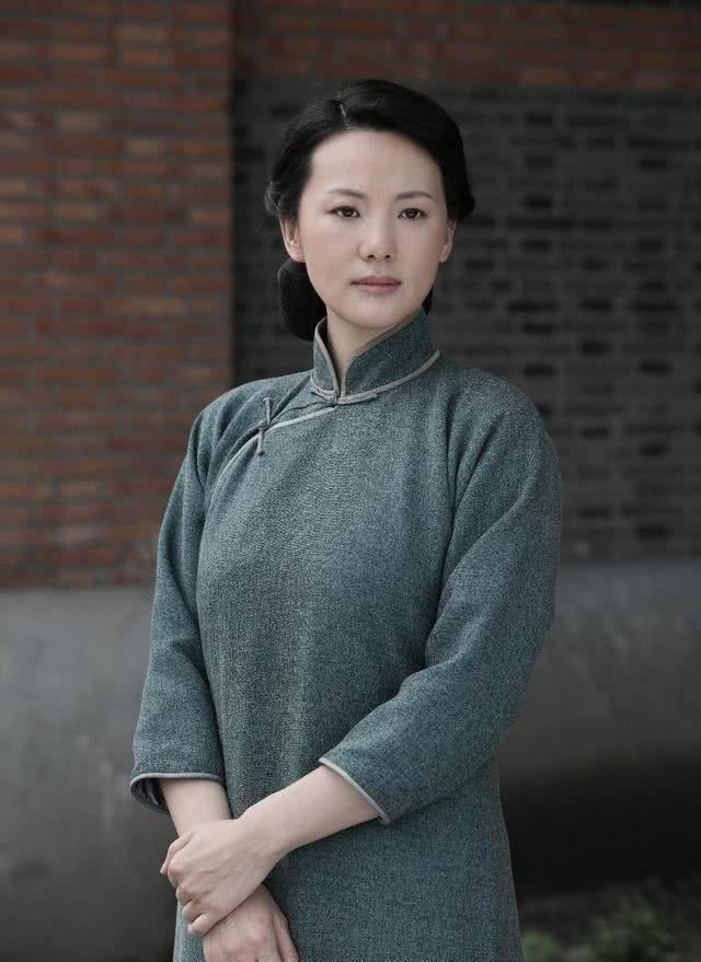 她出道23年零绯闻,是陈道明朱颜良知,嫁王菲初恋恩爱至今(图2)