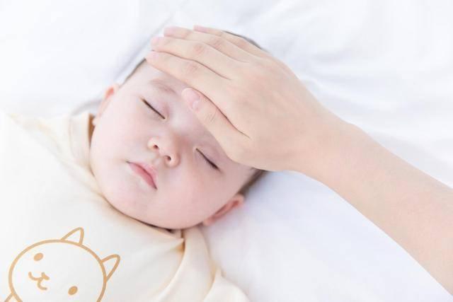 孩子的免疫力依赖于6个月前的母乳