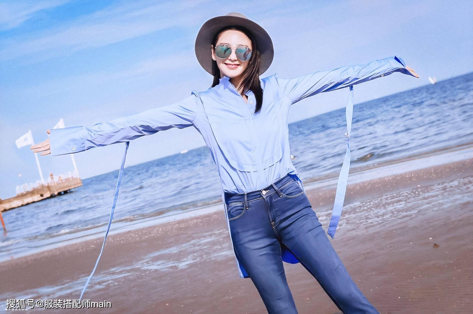 原创             张雨绮真会穿,一袭雾霾蓝衬衫裙美得高级,抽褶收腰显高又显瘦