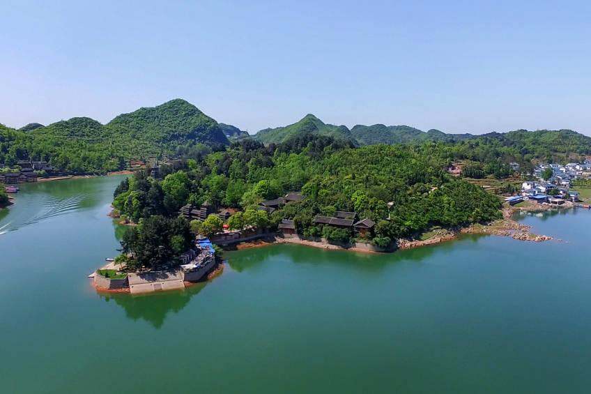 """贵州号称第一的人工湖,被人称贵阳""""小西湖"""",门票38,太便宜了"""