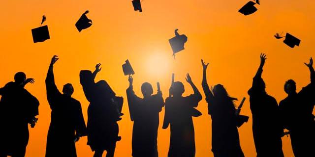 这些证书是大学里最难考的 但是含金量很高 以后就业很有用