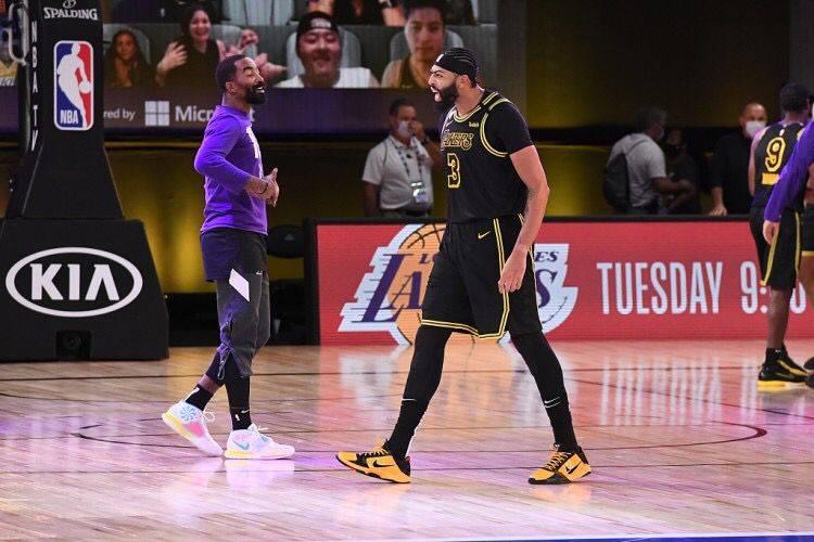 躺贏總冠軍?JR開直播怒懟黑粉:我的冠軍是掙來的,不是別人給予的!(影)-黑特籃球-NBA新聞影音圖片分享社區